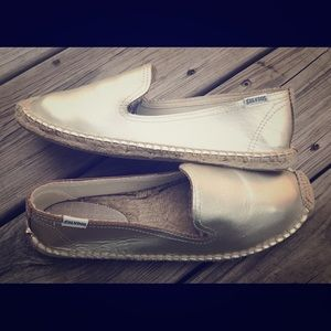 SOLD New Soludos espadrille flats metallic gold